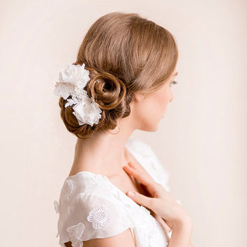 Lace Hair Piece Bridal with Flowers - Floral Bridal Hair Piece - Wedding Hair Piece - Flower Hair Piece - Ivory