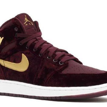 CUPCUP0 Ready Stock Nike Air Jordan 1 Ret Hi Prem Hc Gg (gs) Velvet Night Maroon Metallic Gold Basketball Sport Shoes