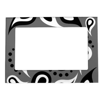 Pretty Paisley Background Magnetic Photo Frame