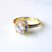 Vintage Ring 18K Gold Plated White CZ Gemstone Cocktail Ring Size 7 Wedding Bridal Collectible April Birthstone Gift Item 1727