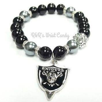 Oakland Raiders Beaded Bracelet, NFL Football Bracelets, Team Spirit, Black, Grey, Stretchy Bracelets, Womens, Handamade, Custom Jewelry