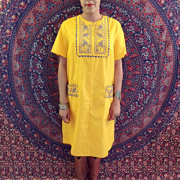 Vintage 70s Yellow Indian Embroidered Kurti Tunic Tent Dress Muumuu One Size Fits Most