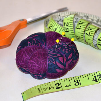 Designer Flower Pincushion, tomato pincushion, Fabric Pincushion, needle, Sewing accessory, Quilting tool, Embroidery, Valentine's day Gift