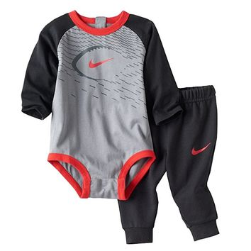 Baby Boy Bodysuit & Pants 2 Piece Set