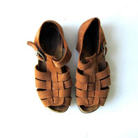 90s suede sandals. leather huaraches. gladiator sandals.