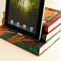 Harry Potter Book Dock for iPad and iPhone by angiesbookattic