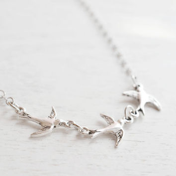 Bird Necklace,Silver Sparrow Bird Jewelry,Triple Sparrow Necklace,Everyday Fashion,Petite Sparrow Family Bird Charm Necklace,Flying Bird