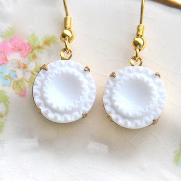 Vintage White Milk Glass Fluted Gold Brass Round Drop Dangle Earrings - Wedding, Bridal, Bridesmaid, Holiday
