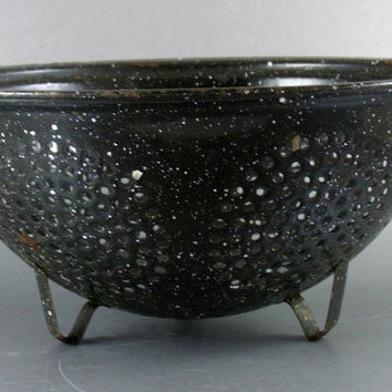 Vintage Graniteware Strainer/Colander Vintage Kitchen Decor  Country Primitive Rustic Decor
