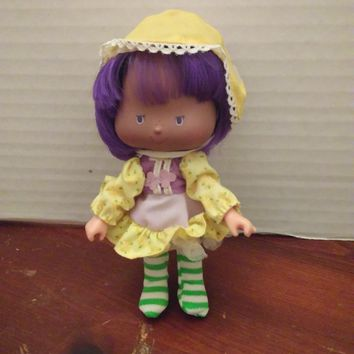 vintage 1980's strawberry shortcake almond tea party pleaser doll