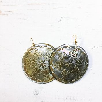 14k Gold Painted Mother of Pearl Disc Earrings