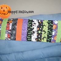 Halloween Runner Black Cat Pumpkins Spider Web Bats Handmade Reversible Topper Home Decor