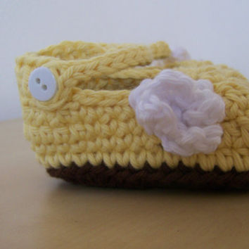 baby girl crochet booties, infant girl clothing, mary jane soft sole shoes, yellow