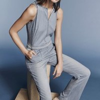 Hei Hei Chambray Utility Jumpsuit in Light Denim Size: