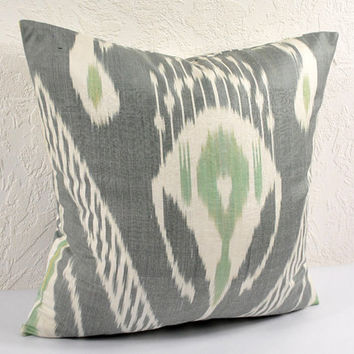 Ikat Pillow, Hand Woven Ikat Pillow Cover spi112, Ikat throw pillows, Designer pillows, Decorative pillows, Accent pillows