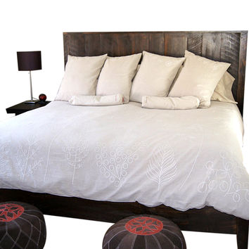 Eaton Reclaimed Wood Queen-Size Bed