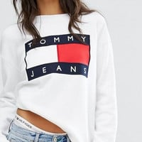 shosouvenir  Tommy Jeans : Fashion Print Round Neck Top Sweater Pullover Sweatshirt