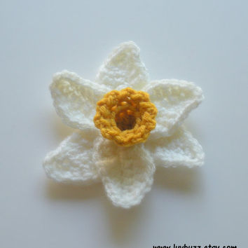 Crochet Narcissus Flower Applique set of five, MADE TO ORDER.