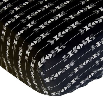 Crib Sheets | White and Black Arrow Aztec