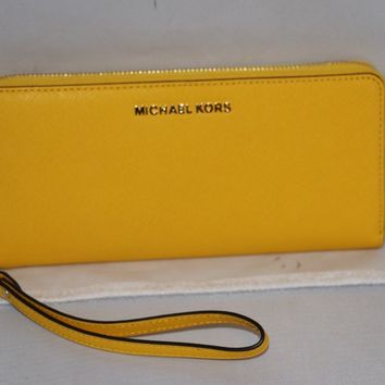 MICHAEL Michael Kors Jet Set Travel Continental Wristlet Wallet - Sunflower