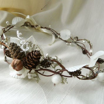 Winter Fairy Crown, Woodland Wedding Hair Accessory, Forest Hair Crown, Christmas Hair Crown, Natural Bridal Headpiece