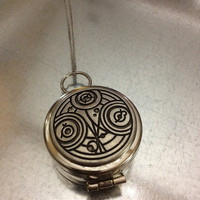 Doctor Who Inspired Gallifreyan Compass Necklace
