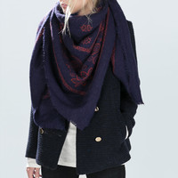 Soft paisley print scarf