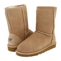 UGG Kids Classic (Little Kid/Big Kid)