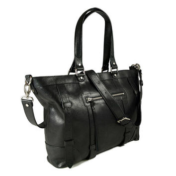 UN1 black leather tote