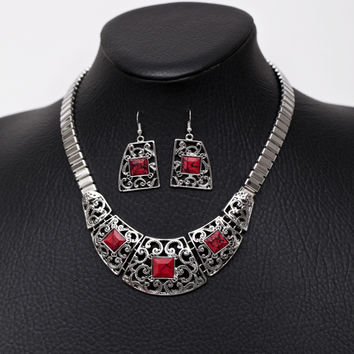Shiny Stylish New Arrival Jewelry Gift Palace Vintage Hollow Out Gemstone Ring Necklace [7298060231]