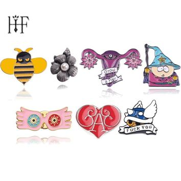 Chapas Broches Pins Luna Lovegood Glasses Blue Shell Mario Kart Bees Flower Enamel pin Alice in wonderland Uterus Brooches