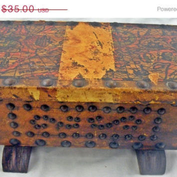 Light Me Another Cuba:Vintage Studded Leather Covered Keepsake Box/Cigar Humidor