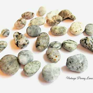 Lot Chalcedony / Agage Beach Pebbles, Rocks, Stones, Lake Ontario
