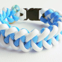 Paracord Bracelet- Para-Band- Paracord Survival Bracelet- Camping Gear- 550 paracord- Military Bracelet- White and Blue- Gifts for Him/Her