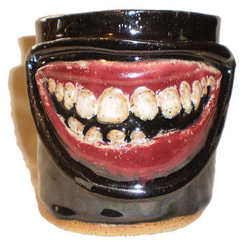 Toothy Grin Cup - Coffee Cup With Molded Smiling Mouth