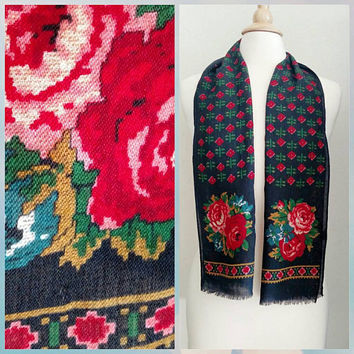 Vintage Japanese Made / 100% Wool / Rose / Scarf / Lightweight / Echo / Pink / Red / Green / Romantic / Printed Cross Stitch Pattern