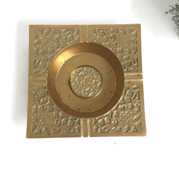 Mid Century Brass Ashtray, Vintage Tobbaciana, Gift for Smoker, Vintage Brass Decor, Boho Chic Brass Bohemian Decor, Hollywood Regency Decor