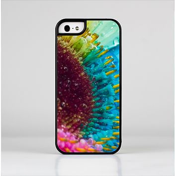 The Vibrant Colored Wet Flower Skin-Sert Case for the Apple iPhone 5/5s