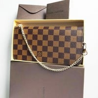 Louis Vuitton LV Popular Women Leather Chain Leisure Zipper Wallet Purse Crossbody Bag Handbag