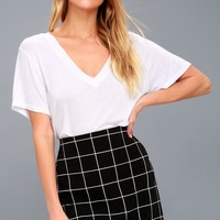 Competitive Advantage Black and White Grid Print Mini Skirt