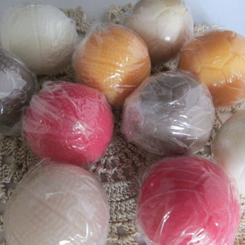 Sport ball soaps. SOCCER BALL or basketball Soap Gift Set SLS free, 6 realistic small soaps for adults, boys, girls as favors, team parties