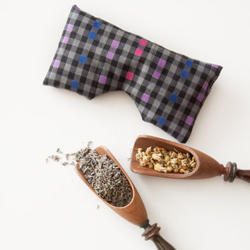 Lavender Chamomile relaxing aromatherapy eye pillow with flax seeds. Yoga eye pillow. Eye Pillows can also be made with Lemongrass.