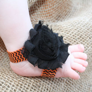 Halloween Pretty Piggies, Barefoot Baby Sandals, Orange and Black Chevron Shoes, Fall, Infant, Toddler Shabby Flower  Shoes