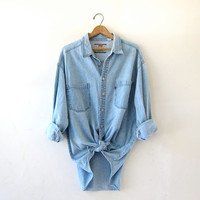 Vintage Light Wash Levis Shirt. Boyfriend Shirt. Oversized Denim Shirt. Slouchy Jean Shirt.