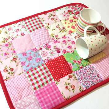Mug Rug, Large Mug rug, Pot Holder, Placemat, Kitsch, Shabby Chic