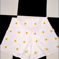 SWEET LORD O'MIGHTY! LIL DAISY SHORTS IN WHITE