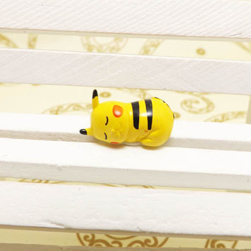 Kawaii Sleeping Pikachu Pokemon Pet Anti Dust Plug 3.5mm Cell Phone Accessory Charm Headphone Jack Earphone Cap for iPhone 4 4S HTC Samsung