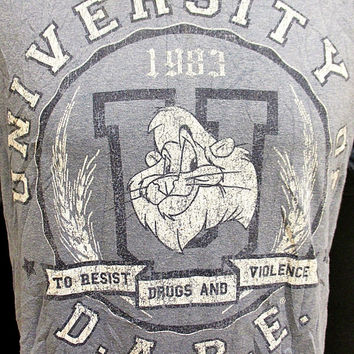 Retro Dare To Resist Drugs And Violence Ringer Indie T-Shirt Medium