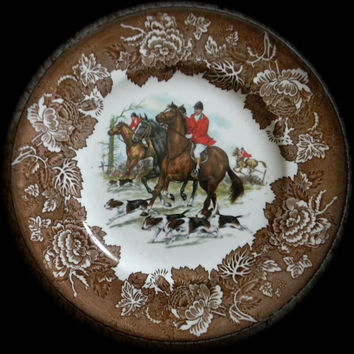 Vintage Brown Transferware English Fox Hunt Scene Plate Dogs Horses Hunting Decor Decorative Hunting Plate