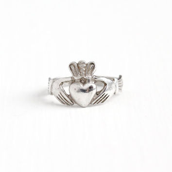 Vintage Sterling Silver Claddagh Irish Ring - 1980s Size 5 1/2 Hands Holding Heart Crown Symbolic Hallmarked Dublin Ireland Promise Jewelry